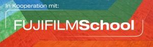 Logo FUJIFILMSchool sw_Kooperation_Slogan